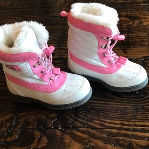 Totes girl's snow boots
